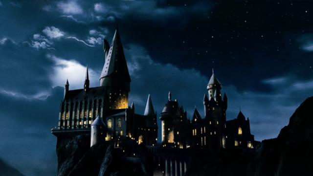 640px-Hogwarts-castle-harry-potter-166431
