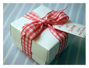 LOVE-BOX--PINK--FUSHIA